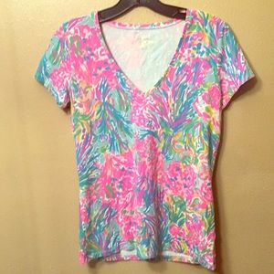 Lilly Pulitzer small short sleeved Shirt pink blue